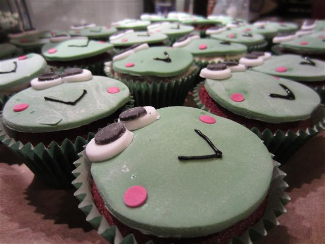 Keroppi Cupcakes (Small)